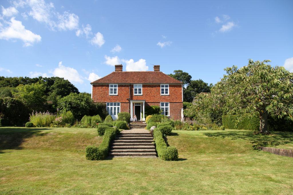Hormonal Wellbeing Retreat in Sussex