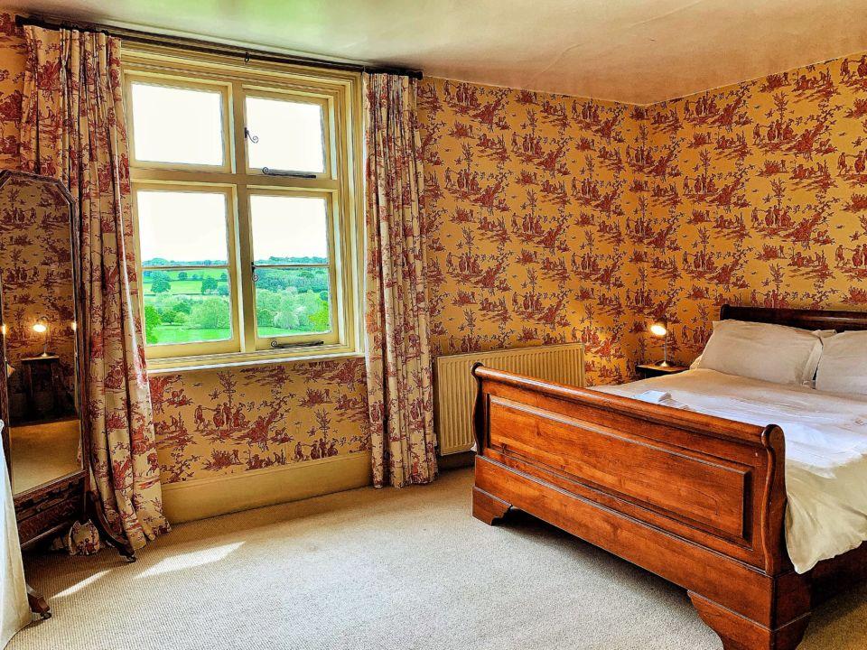 Hormonal Wellbeing Retreat in Sussex, room 1